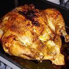 Foto de receta: Pollo al horno con manteca de ajo y romero