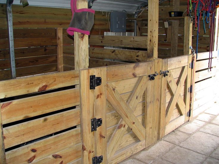 simple horse stall - Google Search   At the farm   Pinterest ...