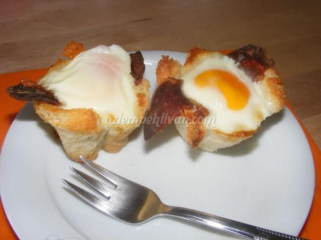 Tost Ekmeğinde Pastırmalı Yumurta « Özlem Pehlivan