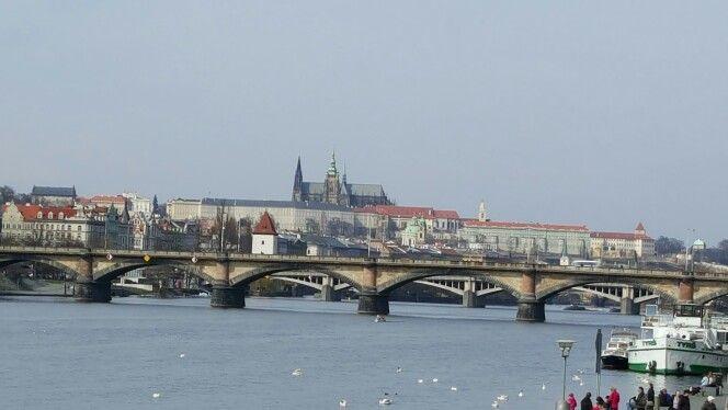 Prag today