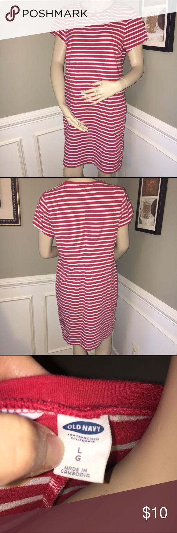 Old Navy Red & White Striped T-Shirt Dress - Sz L Selling for a friend, this is the perfect cotton dress to throw on with flip flops to go to the pool or grocery store. It washes well and is stain free. Bundle and save! Old Navy Dresses Midi
