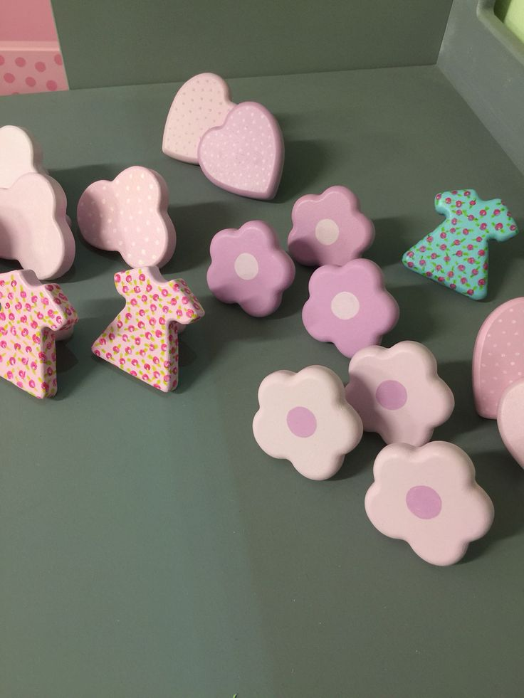Beautiful selection of handpainted kids drawer knobs!