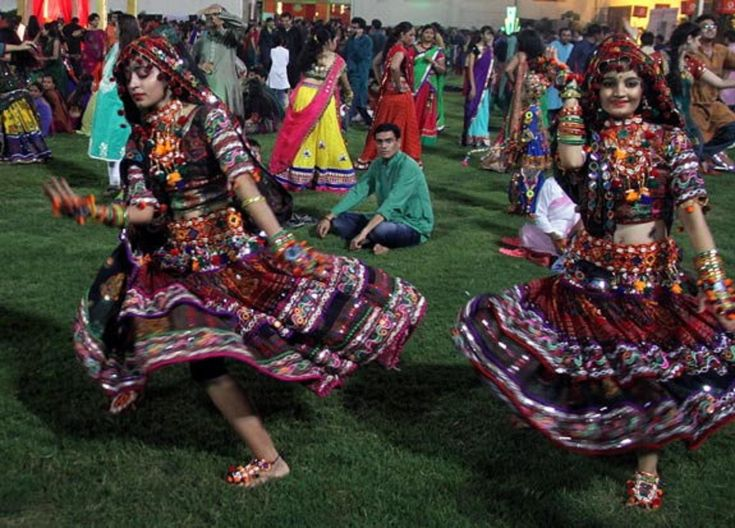 Navratri 2014 first day images Ahmedbad, Gujarat #Navratri #Garba