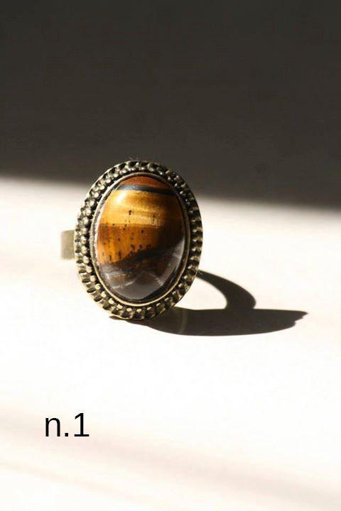 Anello vintage retrò regolabile con pietra di DIYGIOIELLIePIETRE, €8.00  Vintage ring with cabochon gemstone tiger eye