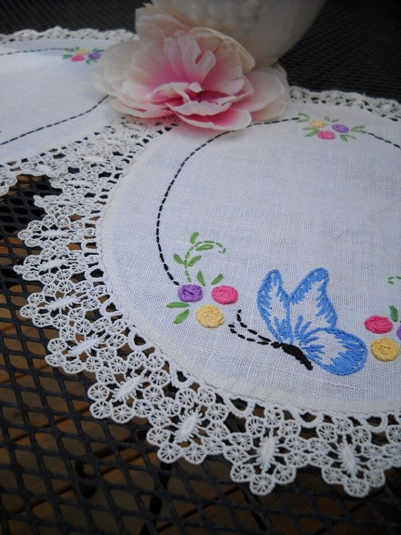 Darling Set of Vintage Linen and Lace by aLittleShabbyShack