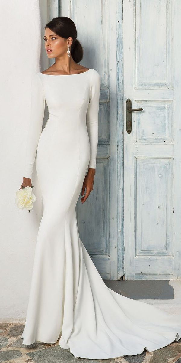 Meghan Markle Wedding Dresses Their Twins Wedding Forward Cowl Back Wedding Dress Sleek Wedding Dress Wedding Dress Silhouette