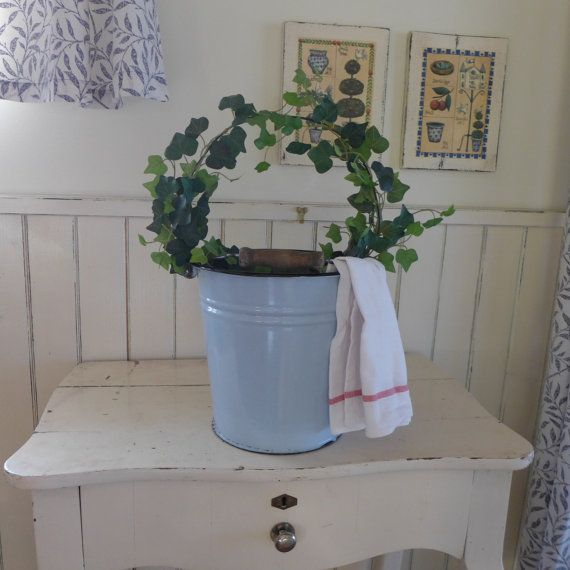 Small gray bucket, Enamelled white bucket, Metal container, vintage, plate, bowl, brocante, container ,retro kitchen, flowers