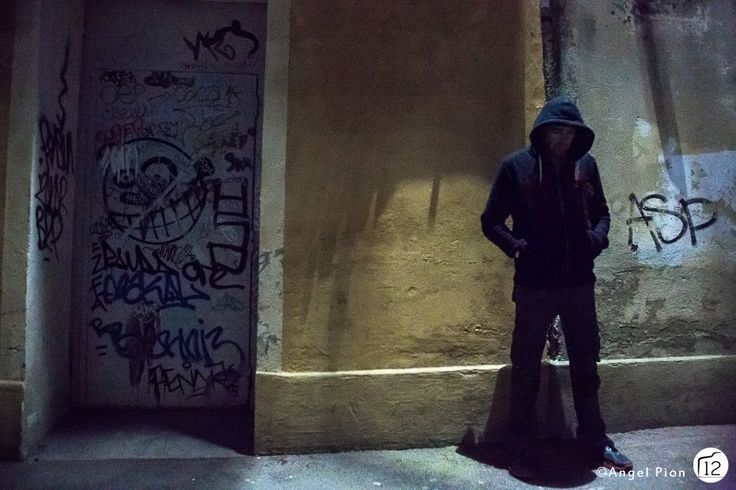 Infos sur cette image >> http://12photographes.tumblr.com/post/79303785305/theme-de-mars-tim-burton-vs-alfonso-cuaron Photographe : Angel Pion