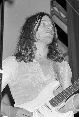 David Gilmour, total icon.
