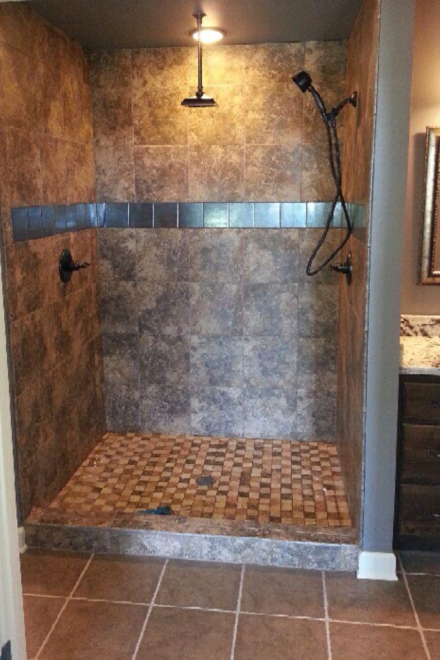 47+ Awesome Farmhouse Bathroom Tile Floor Decor Ideas and ...