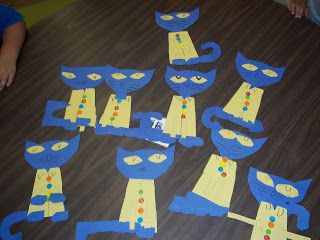 Pattern for Pete the cat math lesson! Couldn't ask for anything better. :)