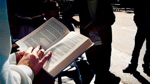 Att läsa böcker kan leda till ett längre liv.
