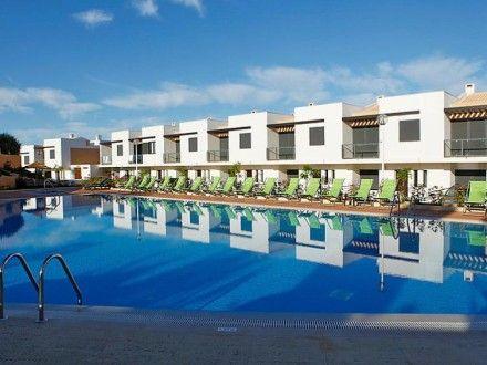 Ferienwohnung OCEAN VIEW RESIDENCES für 4 Personen  Details zur #Unterkunft unter https://www.fewoanzeigen24.com/portugal/portugal/8200-373-albufeira/ferienwohnung-mieten/39056:-1581180384:0:mr2.html  #Holiday #Fewoportal #Urlaub #Reisen #Albufeira #Ferienwohnung #Portugal
