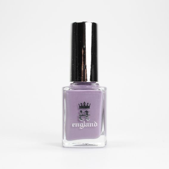 A England Guinevere sur Bec et Ongles