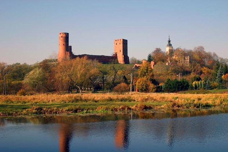 Vistula river near the Duke of Masovia Castle in Czersk.
