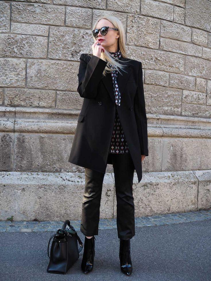 Business Outfit/ Outfit für das Frühjahr für erwachsene Frauen. Mehr Trends/ Styling Ideen/Inspirationen/ Mode/ Fashion für Frauen auf meinem Modeblog Sandra Levin. Ein Blog für Frauen über 30 Jahren.