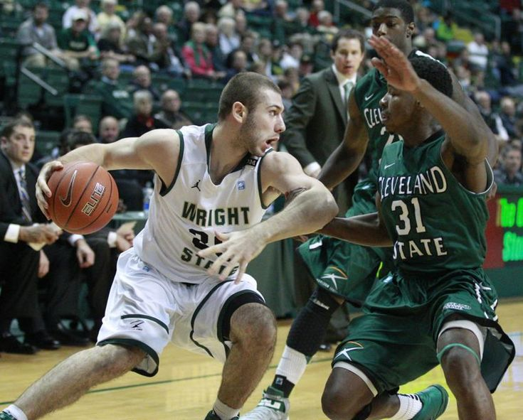 Wright State vs Cleveland State Preview With a 17-6, 9-1 record and sitting in first place, the Wright State men's basketball team will head to northeast Ohio to play at Cleveland State (5-18, 2-8) Thursday night. The Raiders are coming off a pair of home wins over Detroit Mercy 87-55 and preseason favorite Oakland