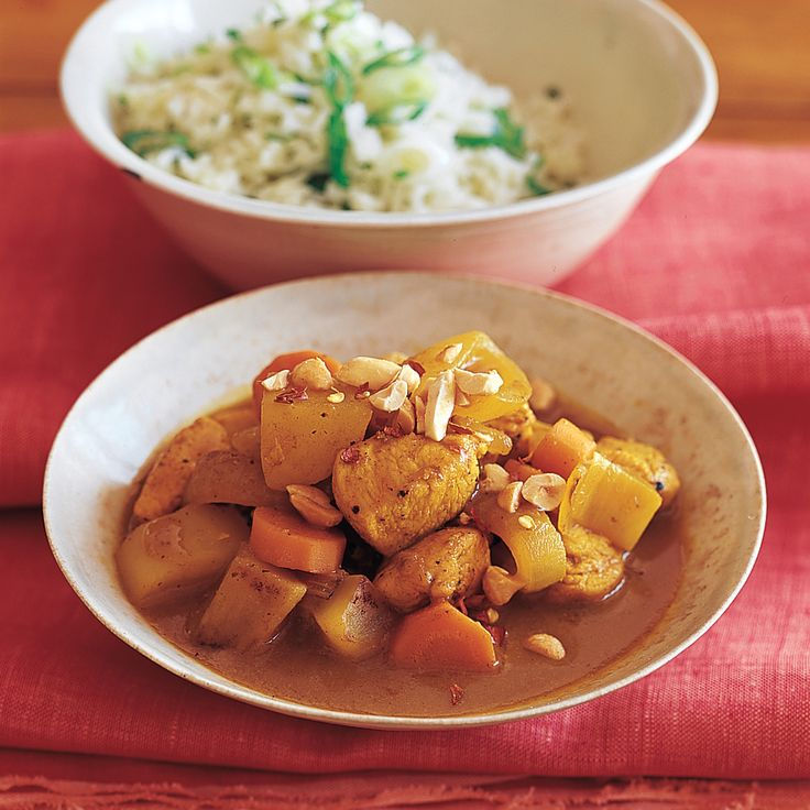 Use this recipe to make our Yellow Curry Chicken, Beef Rendang with Broccoli, and Thai Green Shrimp Curry. Look for fresh lemongrass in Asian markets and some supermarkets.