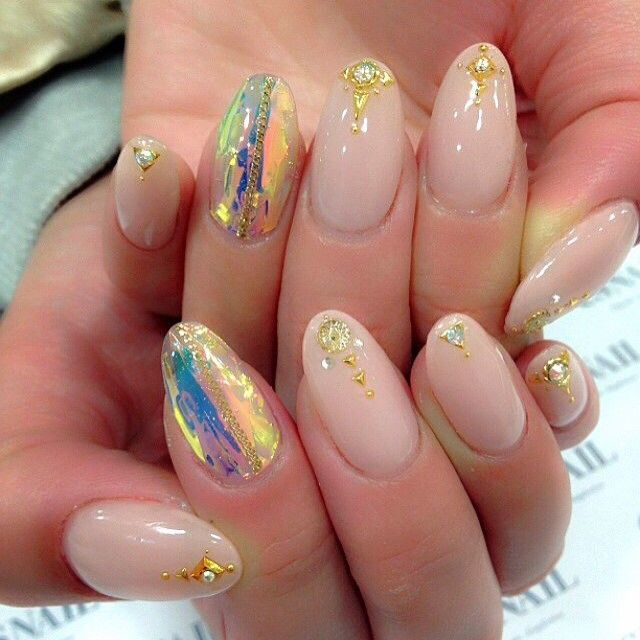 #nail#nails#nailart#naildesign#esnail#gelnail#nailgram#nailsalon#esnails#notd#ネイルサロン#ネイル#エスネイル#ジェルネイル#네일#美甲@esnail_la#beigenails#simple#aurora#aurorafilm#springnails#simplenails#bling#newnails