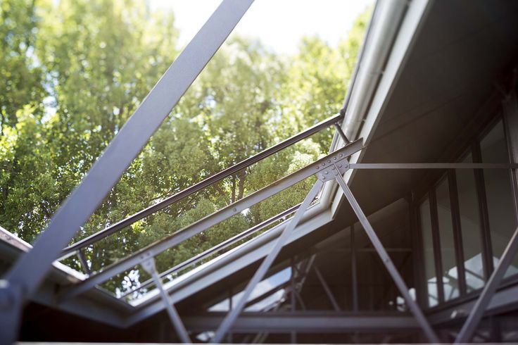 31 Australia Street, Camperdown by Corben Architects #lightwell #atrium #architecture #corbenarchitects