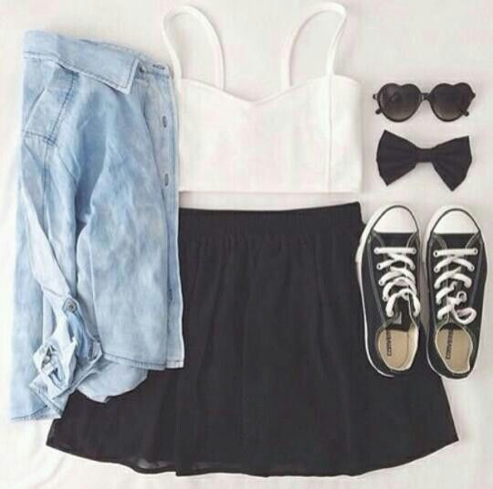 Teen fashion: jean shirt, white crop top, black high waisted shirt with converse