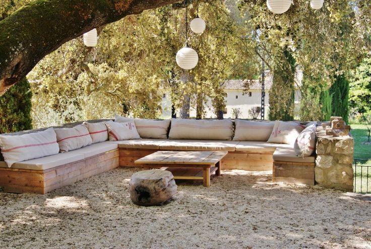 canap d 39 angle en palettes outdoor pinterest. Black Bedroom Furniture Sets. Home Design Ideas