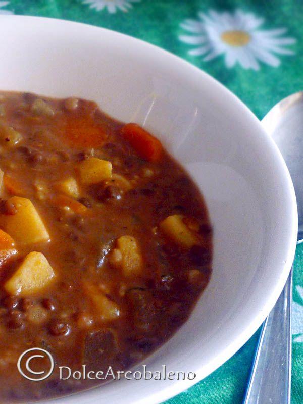 Zuppa di lenticchie e patate, ricetta gustosa.