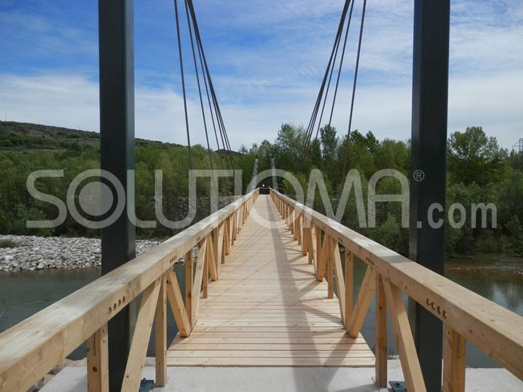 Pasarela de madera en Tremp, Lleida (5). #ConstruccionesDeMadera #PasarelaDeMadera +info: http://www.solutioma.com/es/construcciones-madera-puentes-pasarelas-miradores.php Video Youtube: https://www.youtube.com/watch?v=l_ruHtnL89Q