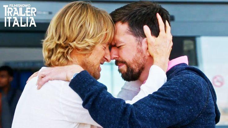 Ed Helms e Owen Wilson sono i protagonisti della nuovo film commedia Fratelli Bastardi: Trailer italiano. Peter e Kyle Reynolds, due fratelli che sono stati cresciuti da una madre piuttosto eccentrica che ha sempre raccontato loro che il padre era morto quando erano piccoli. Quando scoprono che non è la verità, decidono di mettersi alla ...