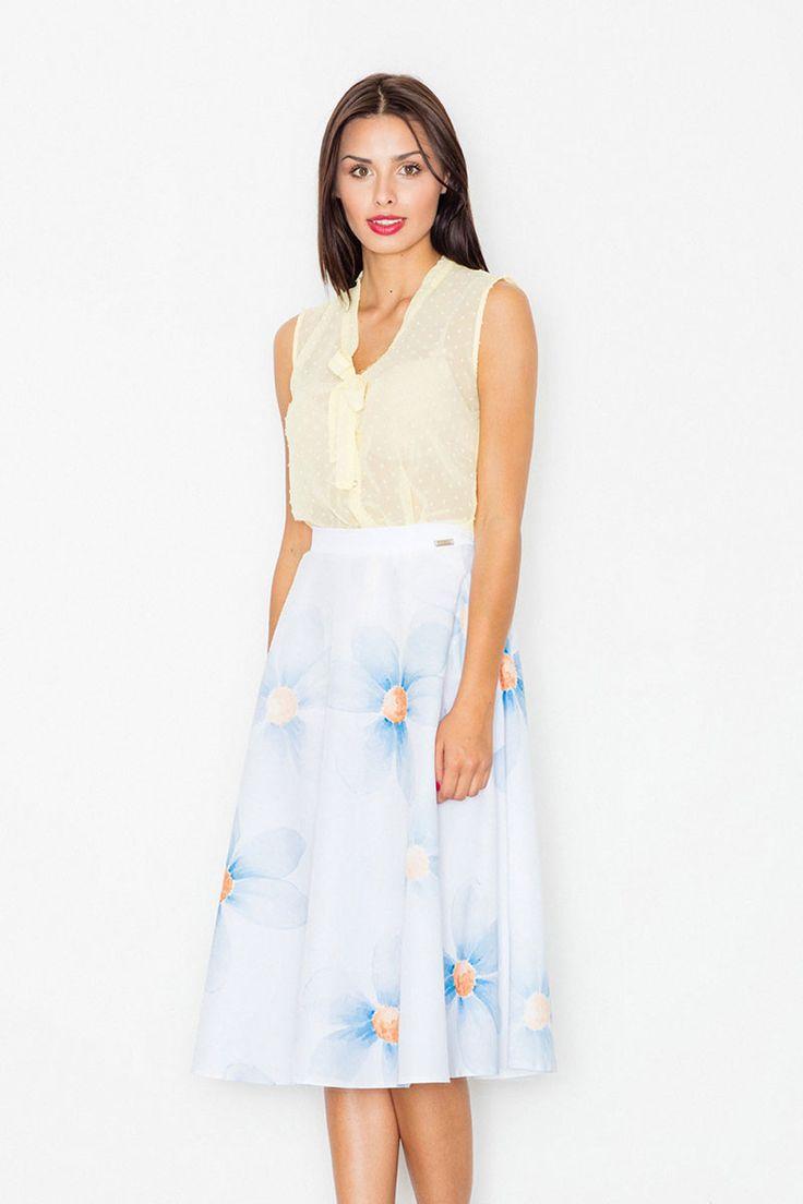 V tejto trendy áčkovej sukni sa nám chce tancovať a žiť maximálne naplno. Užívať…