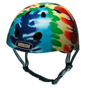 Nutcase helmets not only look good, but protect precious brains, with a hard shell and shock absorbing liner. Little Nutty helmets meet Australian and worldwide safety standards and are available in two sizes: S-M (52-57cm) and L-XL (58-62cm)