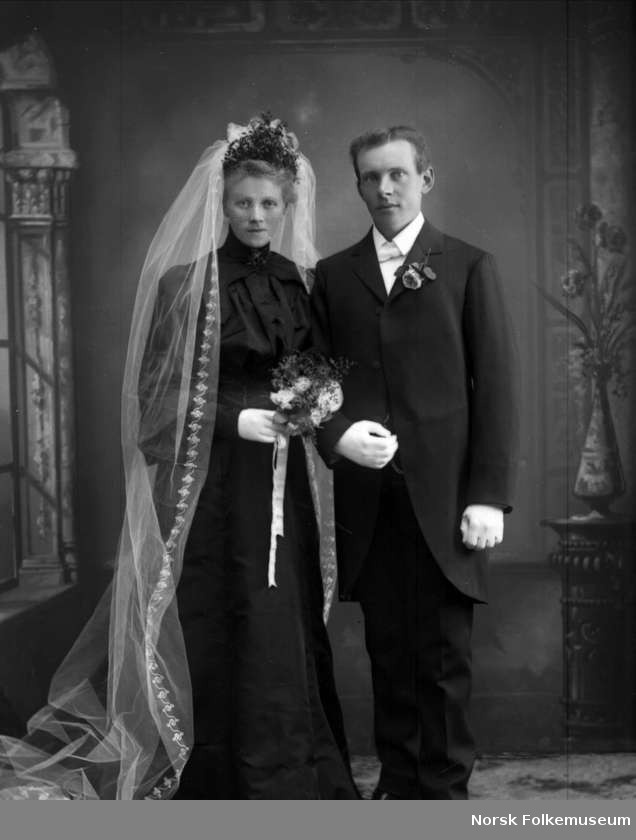 Early 1900's, brides marrying a widower wore black according to vintage wedding.com
