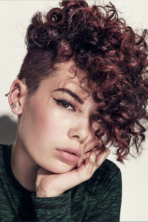 Simple And Trendy Haircuts Great For Curly Hair Curly Pixie Haircuts Curly Hair Styles Short Hair Styles