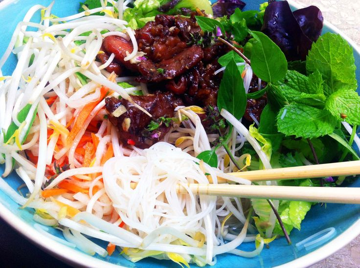 Hi everyone!! There are so many salads out there and there are tons and tons of recipes for it. But nothing like this, Vietnamese noodle salad – Bun Thit Nuong.…