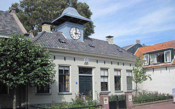 Het oude raadhuis van Vlieland.