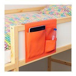 IKEA - STICKAT, Almacenaje bolsillos cama, , Práctica solución de almacenaje que puedes colgar en la cama de tu hijo.Tres bolsillos de distinto tamaño te permiten organizar fácilmente objetos grandes y pequeños.Con un paño húmedo puedes eliminar las manchas leves o lavarlo a máquina a 40ºC.