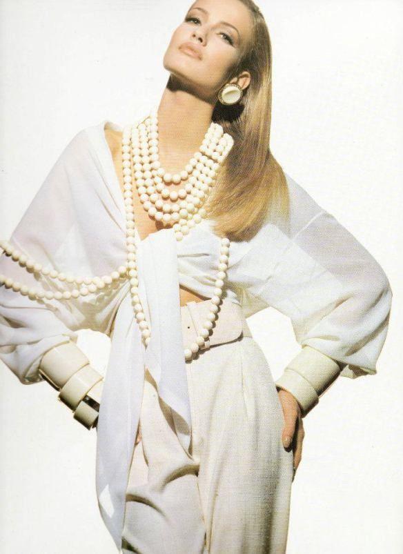 Karen Mulder in Gianfranco Ferre' 1992'