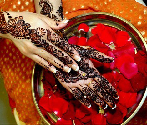 Henna & rose petals