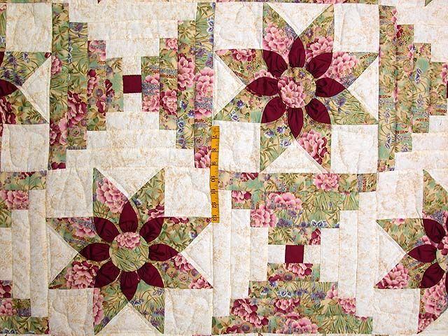 Dahlia Log Cabin Quilt Superb Well Made Amish Quilts