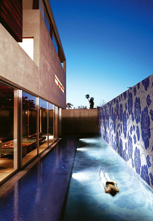 die besten 17 ideen zu pool fliesen auf pinterest gartenpools pool umgestalten und kleine pools. Black Bedroom Furniture Sets. Home Design Ideas