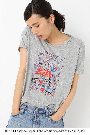 PS.SEKINE Tシャツ  PS.SEKINE Tシャツ 3000 PEPSI?B.C STOCK B.C STOCKは世界で最も有名なブランドの一つでもある Pepsi-Colaとアートをテーマに 国内人気アーティスト4名を起用したスペシャルコラボレーションを展開致します これまでの象徴的な広告キャンペーンを通じてPepsi-ColaはSPORT ART MUSICの世界とのきずな つながりを確立しています今回のコレクションでは遊び心を取り入れたPepsiのつながりであるARTから インスピレーションを得ています Pepsiをテーマに国内人気アーティストの書き下ろしアートワークを使用したTシャツを発売致します 関根正悟1983年東京生まれ幼少期をNYで過ごし2013年よりイラストレーターとして活動開始 ファッションイメージをベースにタイポグラフィーや記号図形等を自由に組み合わせたイラストをスタイルとし様々な分野にてアートワークを提供中 モデルサイズ:身長:166cm バスト:80cm ウェスト:58cm ヒップ:82cm 着用サイズ:フリー