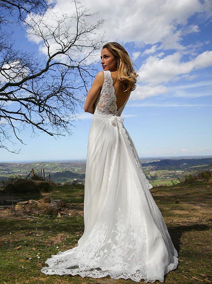 Robe de mariée 2017 : une robe dos nu en dentelle Marie Laporte, prix sur demande