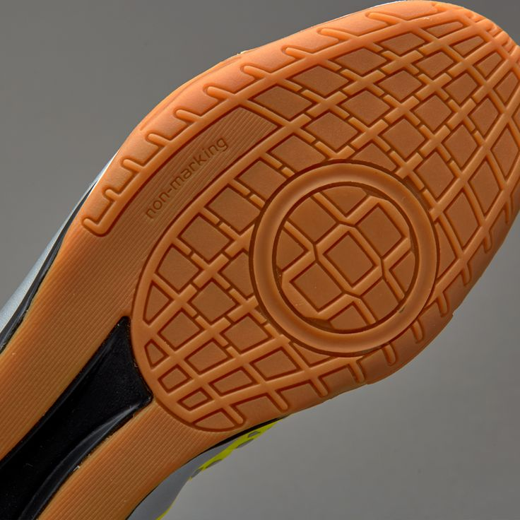 adidas ACE 16.2 Court - Solar Yellow/Silver Metallic/Core Black
