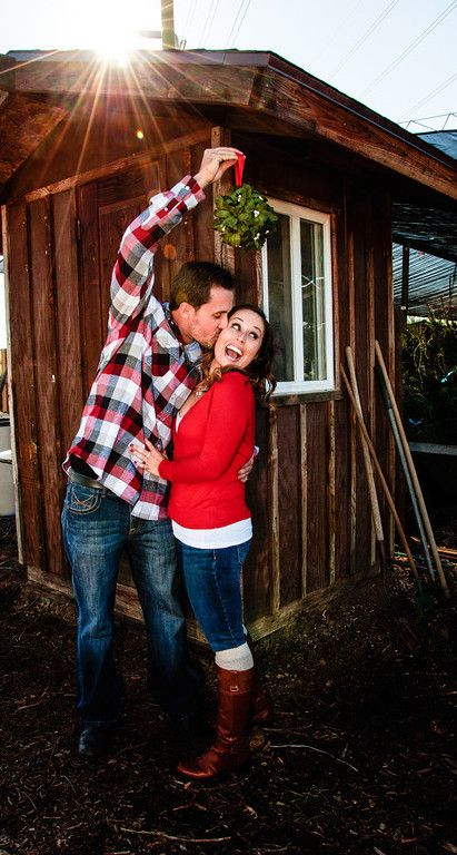 I am creating my very own Pin! My mini Christmas Photo Shoot this past weekend with my love :) Totally Pinterest material ;)