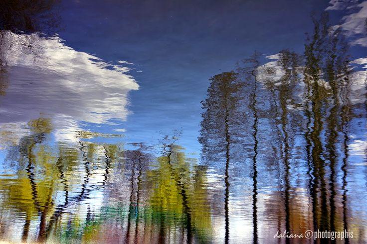 Photographis: Walk On Water - Kat Dahlia