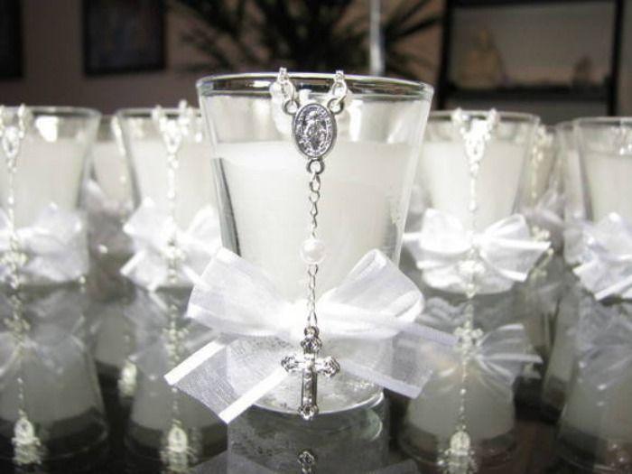 A escolha da lembrancinha é sempre muito dificil. Para lhe ajudar nessa escolha apresentamos 6 ideias de lembrança de casamento simples usando o vidro, veja