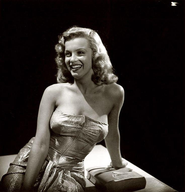 Shorpy Historical Photo Archive :: Marilyn: 1947