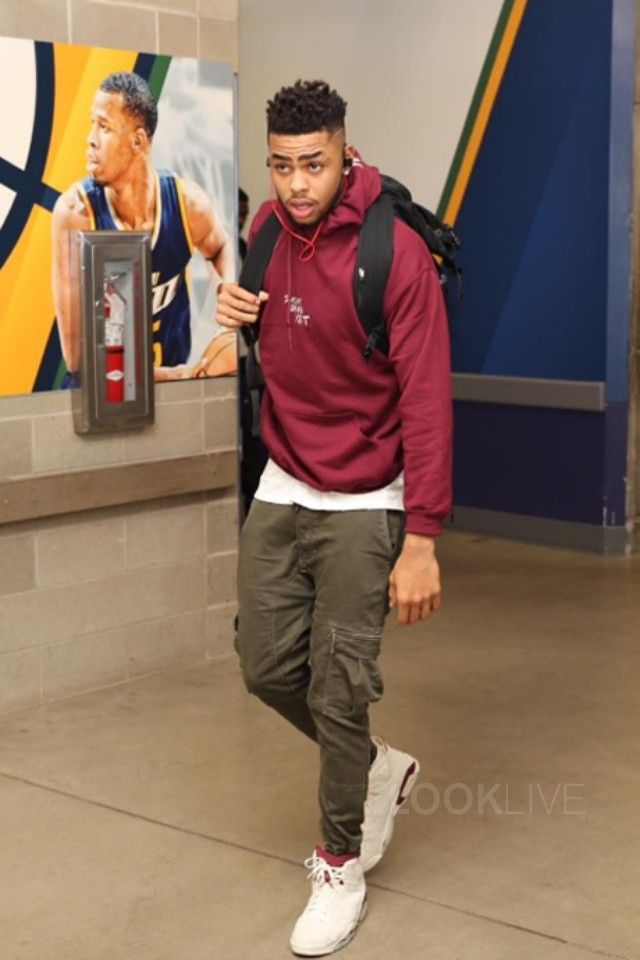 29681052c662e3 D Angelo Russell - Gets ready for game on in 2019