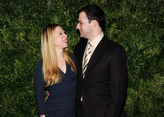 Chelsea Clinton and her husband, Marc Mezvinsky, are expecting their first child, and hardcore prolifers are attacking Hilary over it. Are people really this stupid?? So, someone who is pro-choice can't have a child?