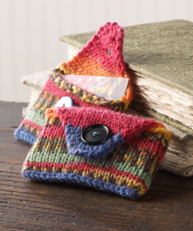 Quick & Easy Business Card Case Free Knitting Pattern from Red Heart Yarns